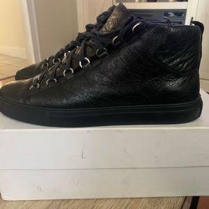 Men's Balenciaga Arena Sneakers - size 44